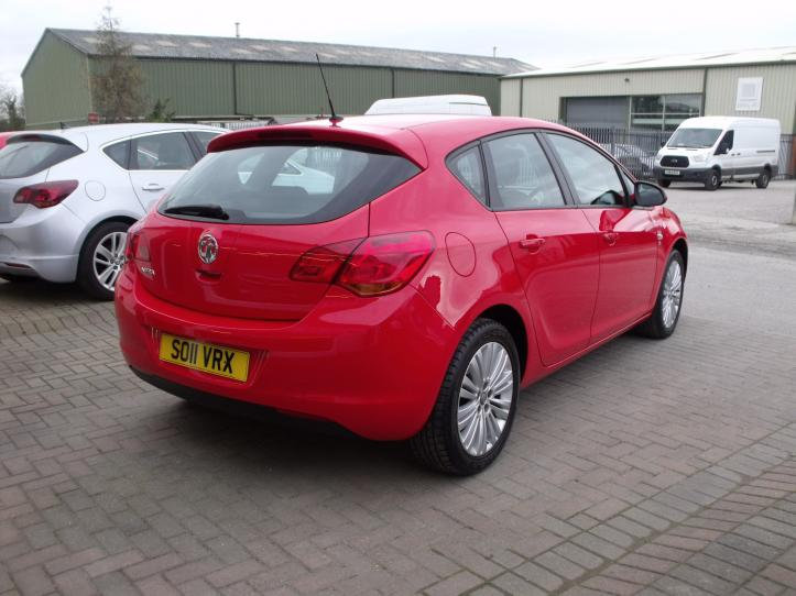 SO11VRX - Vauxhall Astra 1.4 Excite 5 door hatchback 1400cc