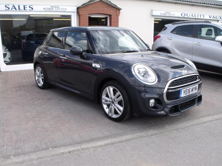 YE16 MYM - BMW MINI Cooper S 2.0 5 door hatchback  chilli, media, sports pack 1998cc