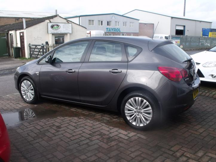 MA61OHV - Vauxhall Astra 1.4 Excite 5 door hatchback 1394cc