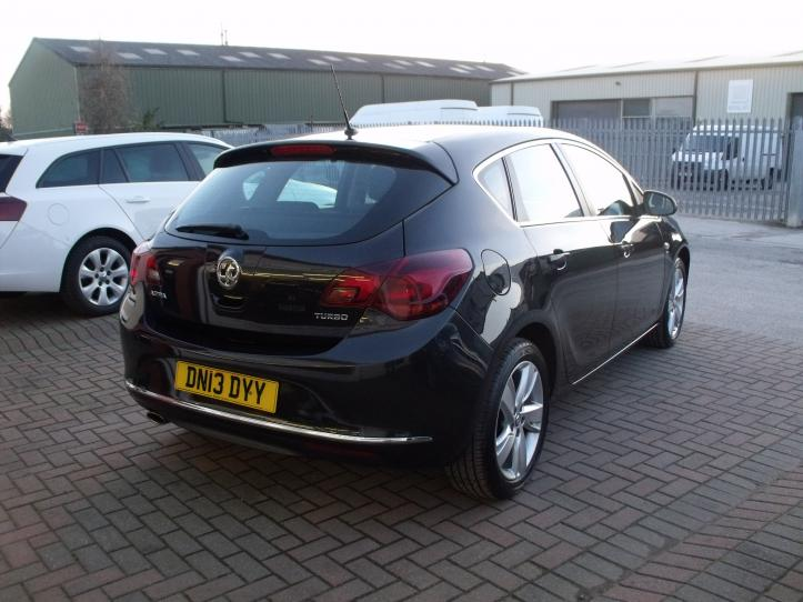 DN13 DYY - Vauxhall Astra sri 1.4 turbo 140bhp 5 door hatchback 1400cc