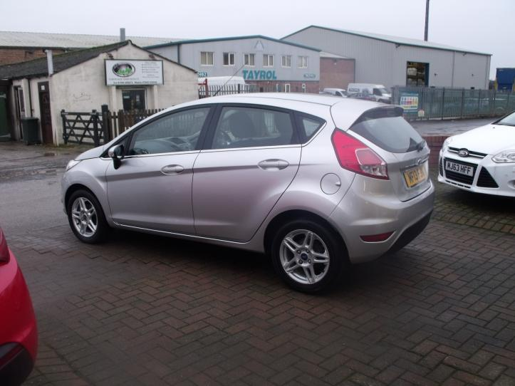 MF13FJN - Ford Fiesta 1.25 Zetec 5 door hatchback 1242cc
