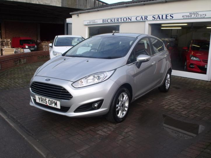 YR15OPM - Ford Fiesta 1.25 Zetec 5 door hatchback 1242cc