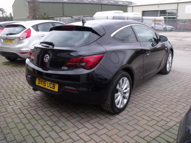 DY15 UCB - Vauxhall Astra GTC SRI 1.4 Turbo 3 Door Coupe 1364cc