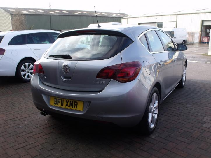 BF11 XMR - Vauxhall Astra 1.4 SRI Turbo 140bhp 5 door hatchback 1400cc