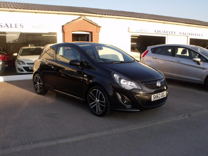 SH63 OOJ - Vauxhall Corsa 1.4 Turbo limited edition 3 door hatchback 1400cc
