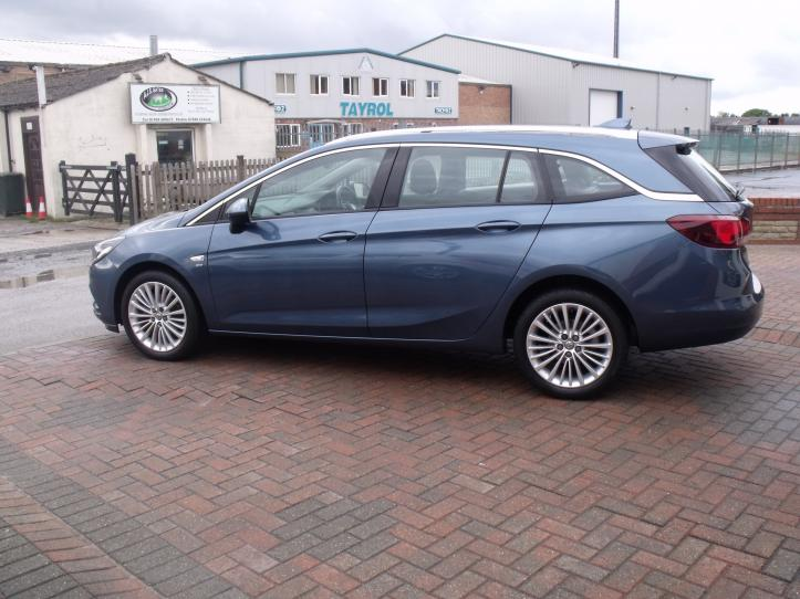 DV17 PGO - Vauxhall Astra Elite 1.4 Turbo Estate Automatic 150bhp 5 door Satnav 1399cc