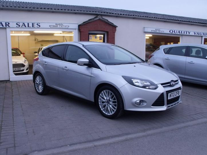 MT13 ZFB - Ford Focus 1.0  Zetec 5 door hatchback 1.0cc