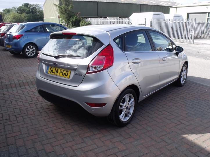 GL14 PGO - Ford Fiesta 1.6 Zetec Automatic 5 Door Hatchback 1600cc