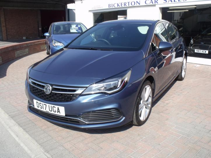 DS17 UGA - Vauxhall Astra SRI  VX - LINE 1.4 Turbo 5 door hatchback Satnav 1399cc