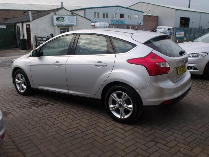 YH13OYR - Ford Focus 1.6 Zetec 5 door hatchback 1596cc