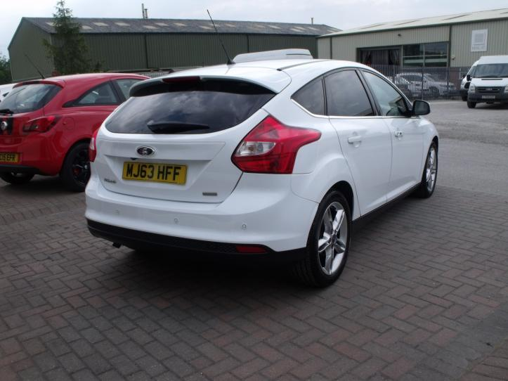 MJ63HFF - Ford Focus Titanium X 1.0 Turbo 125bhp EcoBoost 5 door hatchback 998cc