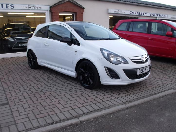 DE13 FTU - Vauxhall Corsa 1.2 Limited Edition 3 door hatchback 1229cc
