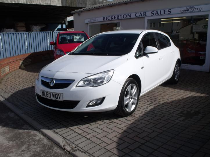 NL60 WOV - Vauxhall Astra 1.4 Exclusive 5 door hatchback 1400cc
