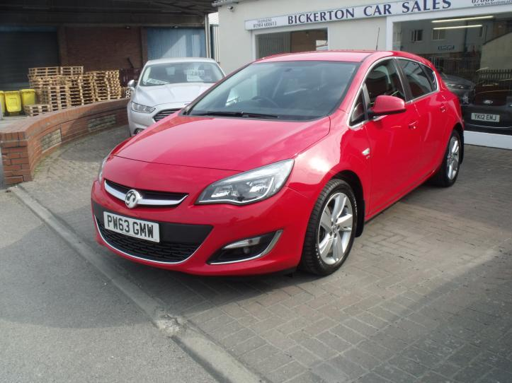 PW63GMW - Vauxhall Astra 1.6 SRI Automatic 5 Door Hatchback 1598cc