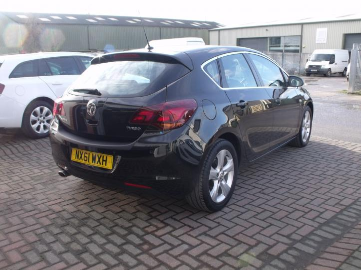 NX61 WXH - Vauxhall Astra 1.6 SRI TURBO 180bhp 5 door hatchback 1600cc