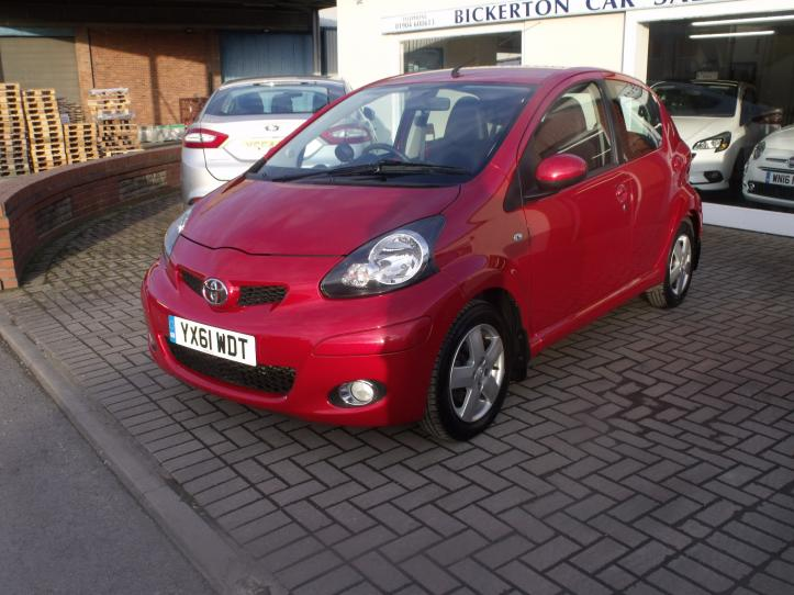 YX61WDT - Toyota Aygo 1.0 Ice 5 door hatchback 998cc